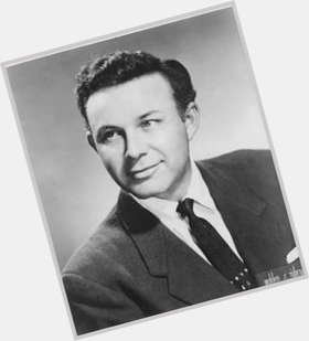 "<a href=""/hot-men/jim-reeves/is-he-still-alive-wife-irish-or-where"">Jim Reeves</a> Average body,  light brown hair & hairstyles"