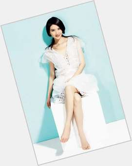 "<a href=""/hot-women/tian-jing/is-she-married-much-worth"">Tian Jing</a> Slim body,  black hair & hairstyles"