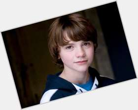 Joel Courtney light brown hair & hairstyles Athletic body,