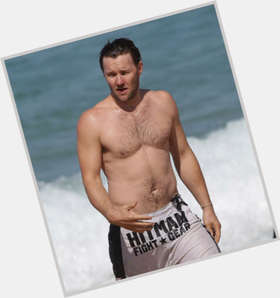 Joel Edgerton light brown hair & hairstyles Athletic body,