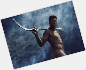 "<a href=""/hot-men/joffrey-lupul/is-he-playing-tonight-hurt-single-canadian-romanian"">Joffrey Lupul</a> Athletic body,  dark brown hair & hairstyles"