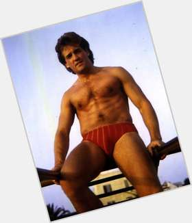"<a href=""/hot-men/john-wesley-shipp/is-he-married-dating"">John Wesley Shipp</a> Average body,  light brown hair & hairstyles"