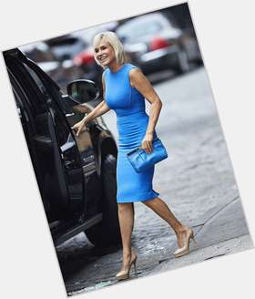 "<a href=""/hot-women/yolanda-foster/is-she-single-healthy-now-still-alive-dead"">Yolanda Foster</a> Slim body,  blonde hair & hairstyles"