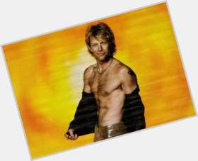 "<a href=""/hot-men/jon-bon-jovi/is-he-married-italian-nice-guy-getting-divorce"">Jon Bon Jovi</a> Average body,  light brown hair & hairstyles"