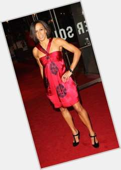 "<a href=""/hot-women/kelly-holmes/is-she-married-straight-relationship-competing-olympics-single"">Kelly Holmes</a> Athletic body,  black hair & hairstyles"
