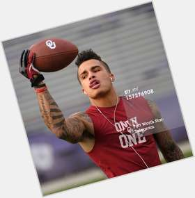 "<a href=""/hot-men/kenny-stills/is-he-hurt-a-starter-injury-sleeper-married"">Kenny Stills</a>"