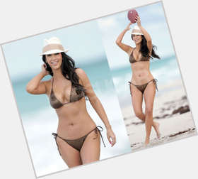 Khloe Kardashian dark brown hair & hairstyles Athletic body,