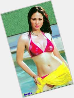 Kristine Hermosa dark brown hair & hairstyles Voluptuous body,