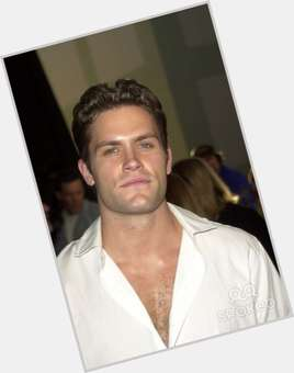 Kyle Brandt light brown hair & hairstyles Athletic body,
