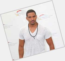 Laz Alonso dark brown hair & hairstyles Athletic body,