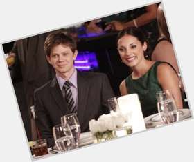 Lee Norris dark brown hair & hairstyles Athletic body,