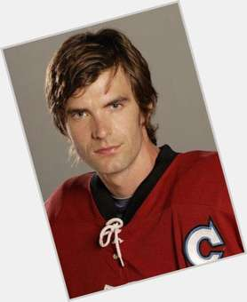 Lucas Bryant light brown hair & hairstyles Athletic body,