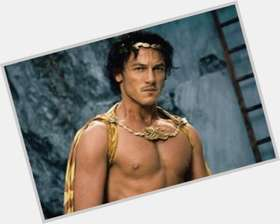 "<a href=""/hot-men/luke-evans/is-he-married-single-related-orlando-bloom-straight"">Luke Evans</a> Athletic body,"