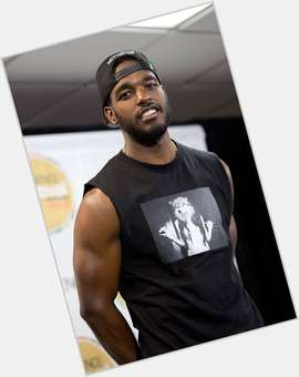 "<a href=""/hot-men/luke-james/is-he-a-singer-related-rick-and-ro"">Luke James</a> Athletic body,  black hair & hairstyles"
