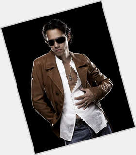 "<a href=""/hot-men/marc-anthony/is-he-samuel-married-mexican-hispanic-sick-and"">Marc Anthony</a> Slim body,  black hair & hairstyles"