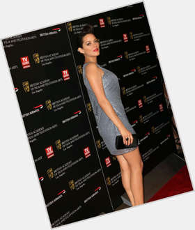 "<a href=""/hot-women/marion-cotillard/is-she-amputee-married-good-actress-talia-al"">Marion Cotillard</a> Slim body,  dark brown hair & hairstyles"