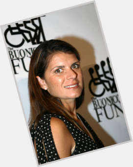 Mia Hamm dark brown hair & hairstyles Athletic body,