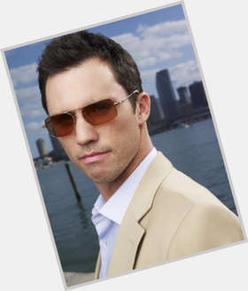 Michael Weston light brown hair & hairstyles Athletic body,