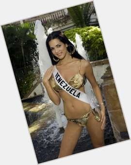 Monica Spear dark brown hair & hairstyles Voluptuous body,
