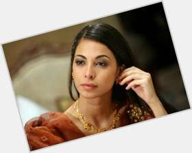 "<a href=""/hot-women/moran-atias/is-she-married"">Moran Atias</a> Slim body,  black hair & hairstyles"
