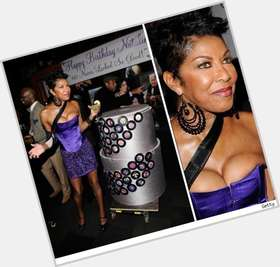 "<a href=""/hot-women/natalie-cole/is-she-married-spanish-latin-hispanic-sick-ill"">Natalie Cole</a> Average body,  black hair & hairstyles"