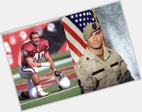 Pat Tillman dark brown hair & hairstyles Bodybuilder body,