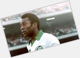 "<a href=""/hot-men/pele/is-he-alive-still-fifa-14-hispanic-overrated"">Pele</a> Athletic body,  dark brown hair & hairstyles"