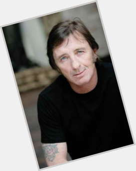 "<a href=""/hot-men/phil-rudd/is-he-good-drummer-married-ac-dc-sick"">Phil Rudd</a> Average body,  dark brown hair & hairstyles"