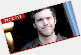 Phillip Phillips light brown hair & hairstyles Athletic body,