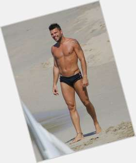 Ricky Martin dark brown hair & hairstyles Athletic body,