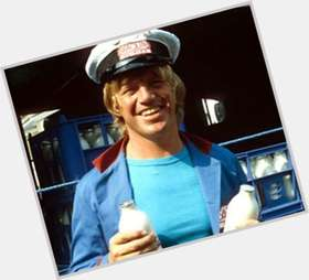 "<a href=""/hot-men/robin-askwith/is-he-alive-still-married-where-much-worth"">Robin Askwith</a> Average body,  blonde hair & hairstyles"