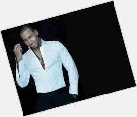 "<a href=""/hot-men/romeo-santos/is-he-fast-7-single-related-antony-anthony"">Romeo Santos</a> Athletic body,  dark brown hair & hairstyles"
