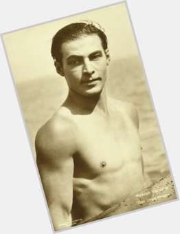 Rudolph Valentino dark brown hair & hairstyles Athletic body,