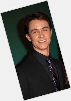 Ryan Kelley light brown hair & hairstyles Athletic body,
