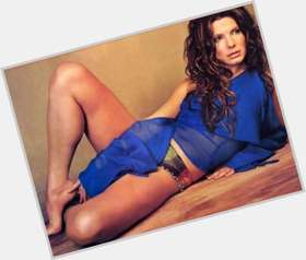 "<a href=""/hot-women/sandra-bullock/is-she-married-dating-george-clooney-christian-anyone"">Sandra Bullock</a> Athletic body,  dark brown hair & hairstyles"