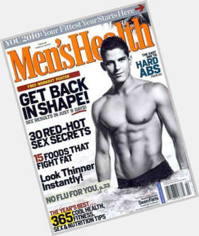 "<a href=""/hot-men/sean-faris/is-he-married-mormon-related-tom-cruise-cruises"">Sean Faris</a> Athletic body,  dark brown hair & hairstyles"
