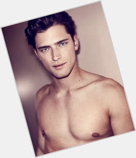 "<a href=""/hot-men/sean-o-pry/is-he-opry-straight-single-irish-native-american"">Sean O Pry</a> Athletic body,  dark brown hair & hairstyles"