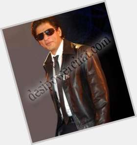 "<a href=""/hot-men/shah-rukh-khan/is-he-bi-2014"">Shah Rukh Khan</a> Average body,  black hair & hairstyles"