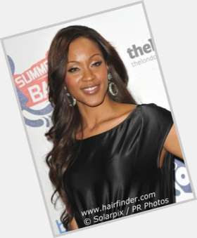 Shontelle dark brown hair & hairstyles Athletic body,