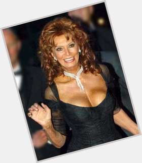 Sophia Loren dyed red hair & hairstyles Voluptuous body,