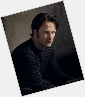 Stephen Moyer dyed brown hair & hairstyles Athletic body,