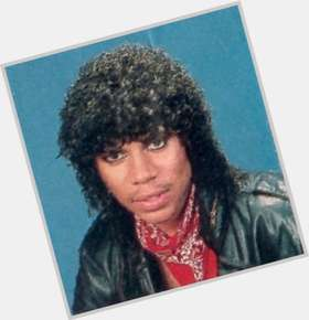 "<a href=""/hot-men/stoney-jackson/is-he-married-related-michael-still-alive-where"">Stoney Jackson</a> Average body,  black hair & hairstyles"