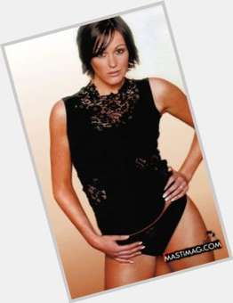 Suranne Jones dark brown hair & hairstyles Voluptuous body,