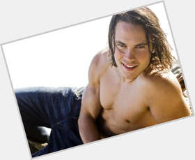 "<a href=""/hot-men/taylor-kitsch/is-he-engaged-married-hot-single-christian-left"">Taylor Kitsch</a> Athletic body,  light brown hair & hairstyles"