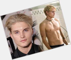 Toby Hemingway blonde hair & hairstyles Athletic body,