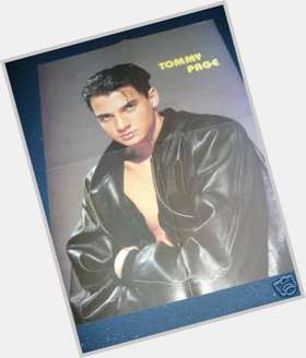"<a href=""/hot-men/tommy-page/is-he-married-still-alive-what-doing-now"">Tommy Page</a> Athletic body,  black hair & hairstyles"