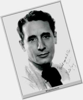 "<a href=""/hot-men/victor-jory/is-he-where-buried"">Victor Jory</a> Average body,  dark brown hair & hairstyles"