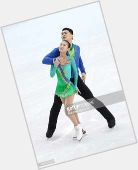 "<a href=""/hot-men/zhang-hao-skating/news-photos"">Zhang Hao Skating</a> Average body,  black hair & hairstyles"