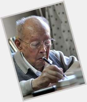 "<a href=""/hot-men/zhou-youguang/is-he-still-alive"">Zhou Youguang</a> Slim body,  salt and pepper hair & hairstyles"