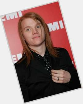 "<a href=""/hot-men/aaron-gillespie/is-he-drumming-paramore-blind-one-eye-still"">Aaron Gillespie</a>  red hair & hairstyles"